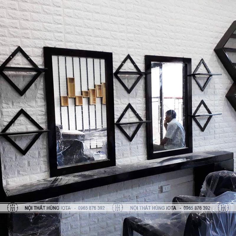 Gương cắt tóc hình vuông gỗ đẹp giá rẻ tại xưởng Nội thất salon tóc Hùng Iota