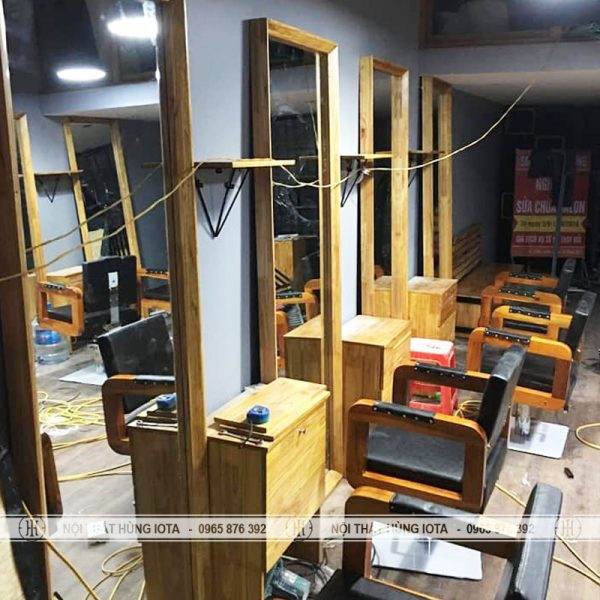 Gương cắt tóc khung gỗ đẹp giá rẻ tại xưởng Nội thất Salon tóc Hùng Iota