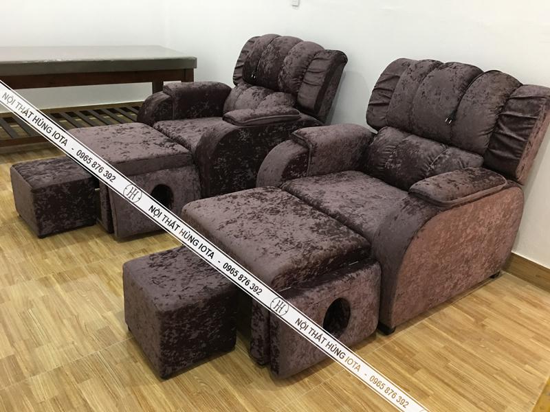 Ghế foot massage chân màu đen đậm tại spa golden Hà Tĩnh