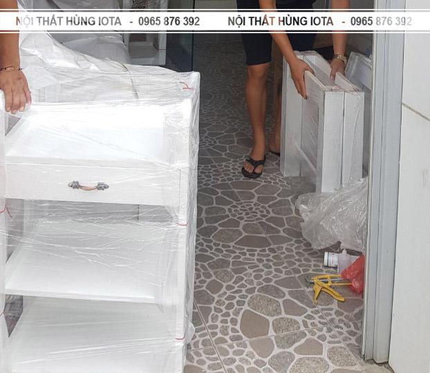 Xe đẩy spa hay kệ sản phẩm spa đẹp giá rẻ Elysa Beauty & Spa