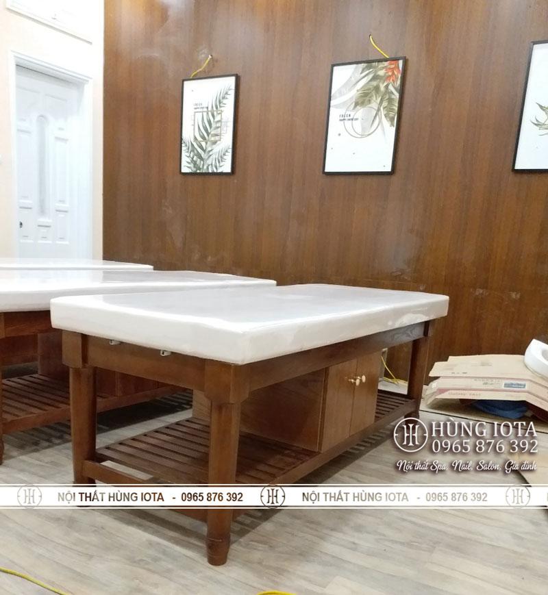 Giường massage body chân tròn màu hạt dẻ có tủ giá rẻ trực tiếp tại xưởng