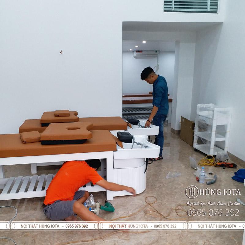 Lắp đặt giường gội spa massage 2 in 1 spa chị Chung Kiều ở Hòa Bình
