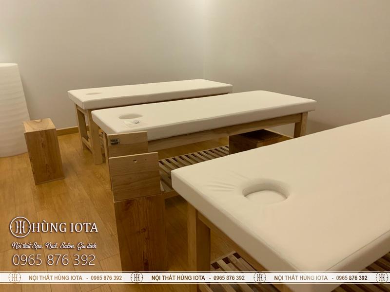 Lắp đặt giường spa gỗ sồi có tủ tại trung tâm chăm sóc sắc đẹp D Capitale