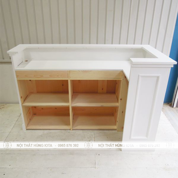 Quầy bar gỗ thẩm mỹ viện kiểu dáng cổ điển trắng giá rẻ đẹp