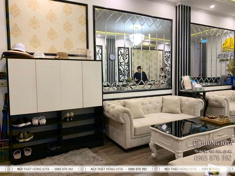 Sofa spa tân cổ điển màu trắng sửa + tủ giầy spa