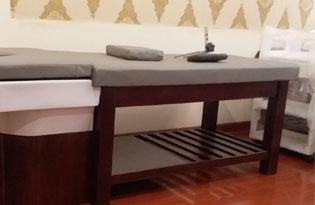 Thumb lắp đặt giường gội dưỡng sinh bồn sứ, giường massage gỗ sồi màu óc chó cho Linh Yumi Spa Hoàng Quốc Việt