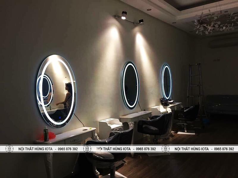Gương cắt tóc tròn có đèn trong viền gương