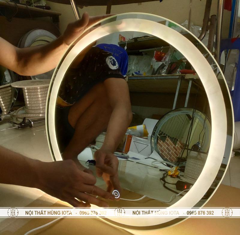 Gương cắt tóc trong có đèn xung quanh cho salon tóc, bàn trang điểm, hành lang, nhà tắm