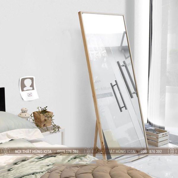 Gương soi toàn thân hình chữ nhật khung gỗ đẹp