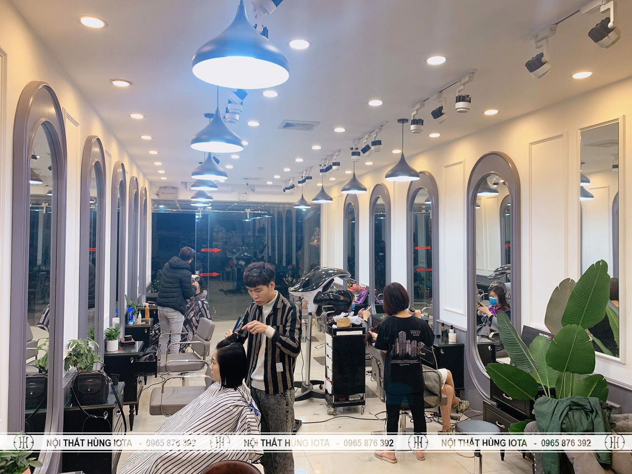 Gương cắt tóc bo tròn 2 đầu màu xám đẹp giá rẻ