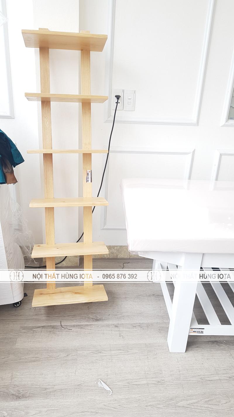 Lắp đặt kệ gỗ cho spa én ở Nam Định