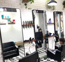 Gương cắt tóc tràn viền hình chữ nhật màu đen GCT29