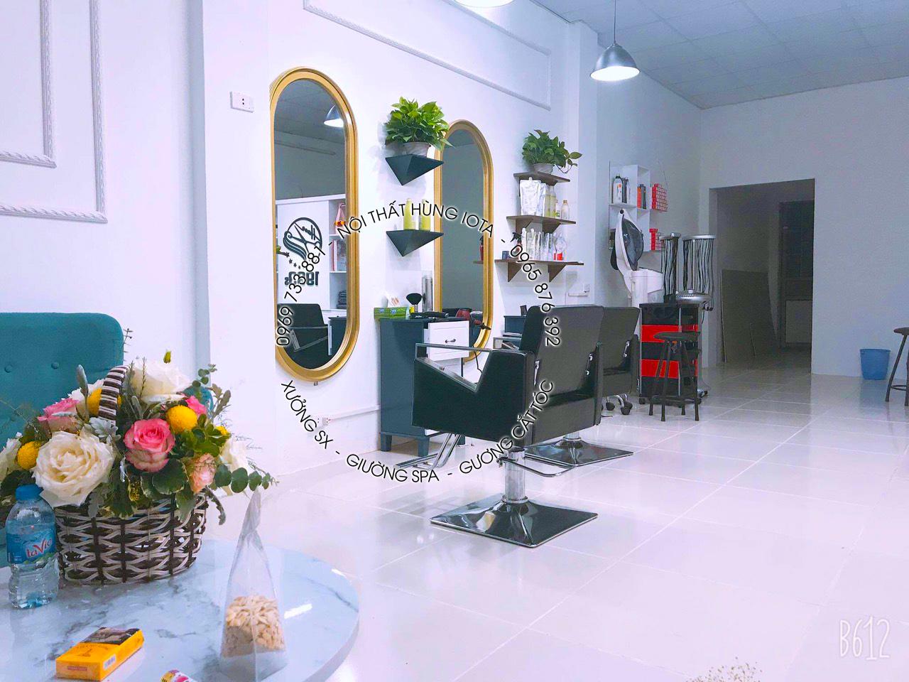 Gương cắt tóc bo tròn 2 đầu màu vàng giá rẻ tại xưởng