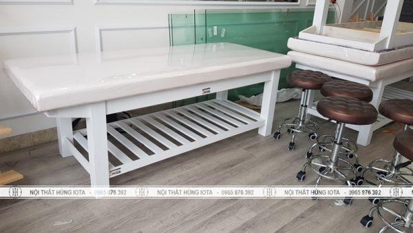 Lắp đặt ghế kỹ thuật viên spa và giường massage ở Nam Định