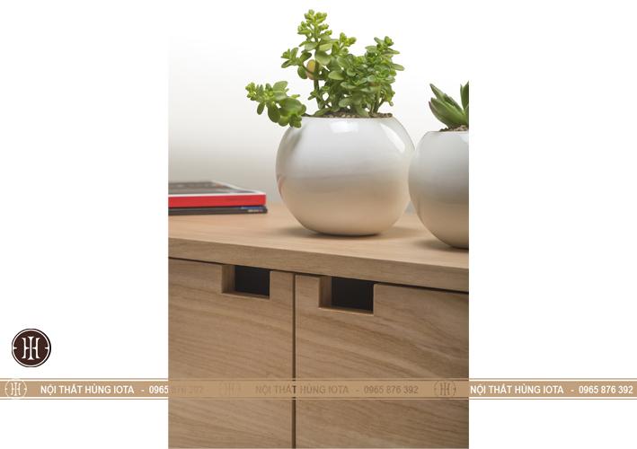 Chi tiết tủ gỗ 3 ngăn đựng đồ trang trí phòng