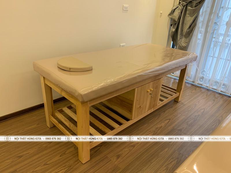 Giường vật lý trị liệu gỗ sồi có tủ