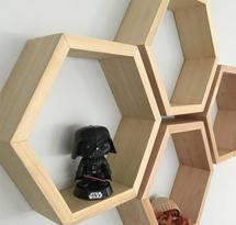 Kệ gỗ lục giác treo tường decor KTD08