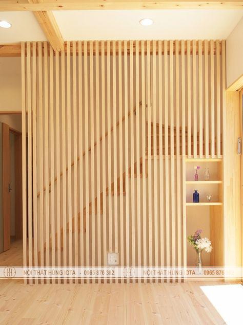 Vách gỗ ốp cầu thang đẹp cho gia đình, spa, nail, salon tóc