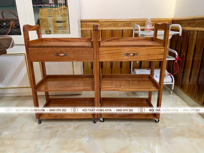 Xe đẩy dụng cụ gỗ xoan đào cho spa tại Lạng Sơn