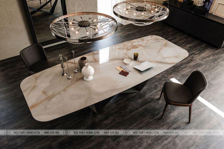 Bộ bàn ghế ăn Ventura gỗ sồi màu đen mặt bàn đá vân mây đẹp giá rẻ
