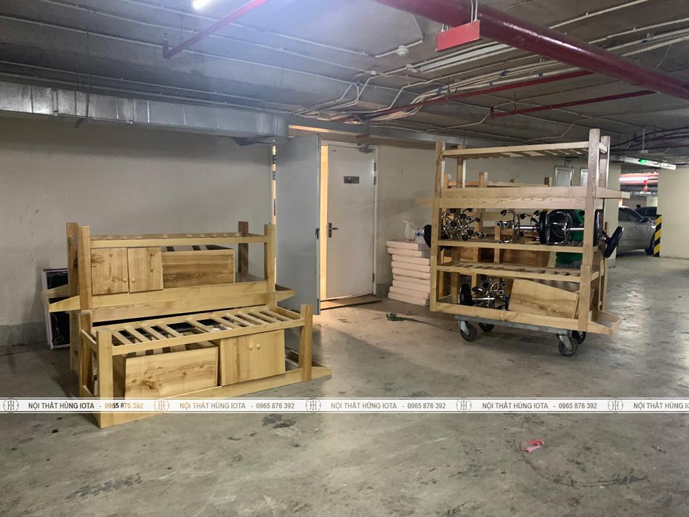 Lắp đặt giường massage body gỗ sồi cho spa tại chung cư Vinhomes