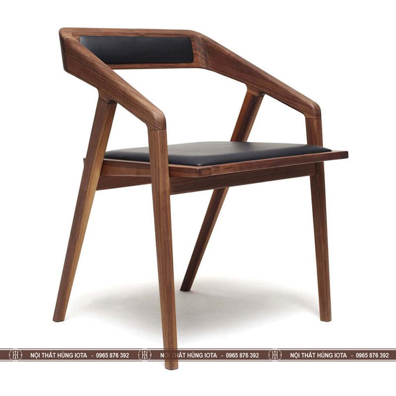 Ghế gỗ làm việc decor Takana màu nâu đen có tay tựa đẹp giá rẻ