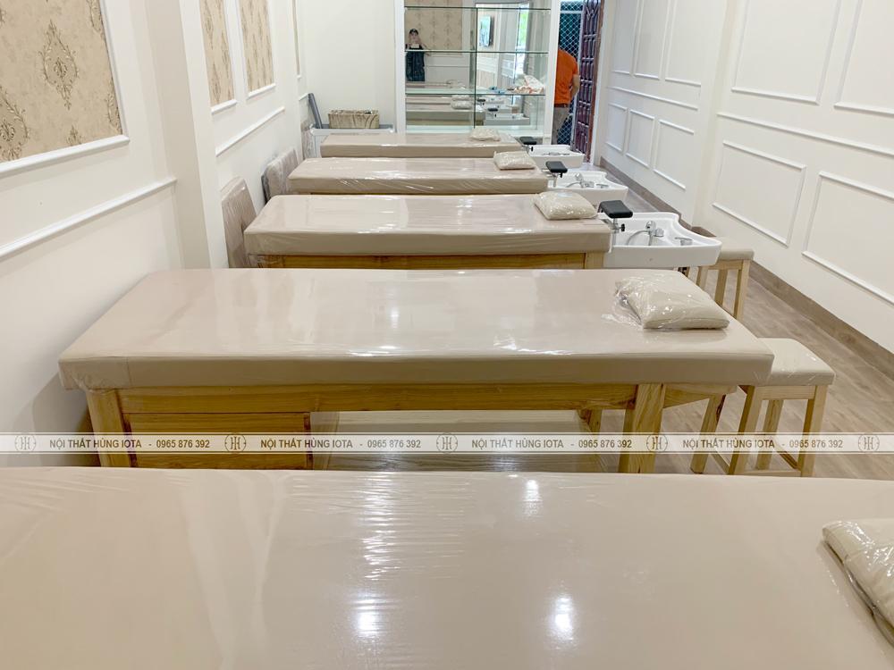 Lắp đặt giường spa, giường spa đa năng 2 in 1 cho khách hàng