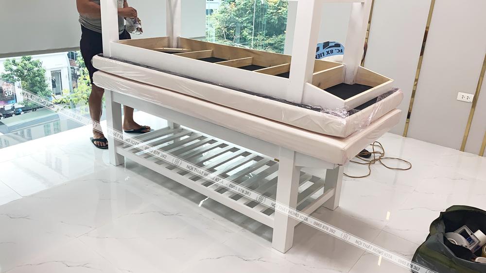 Lấp đặt giường spa màu trắng cho TMV Id Beauty Center 29 Bà Triệu