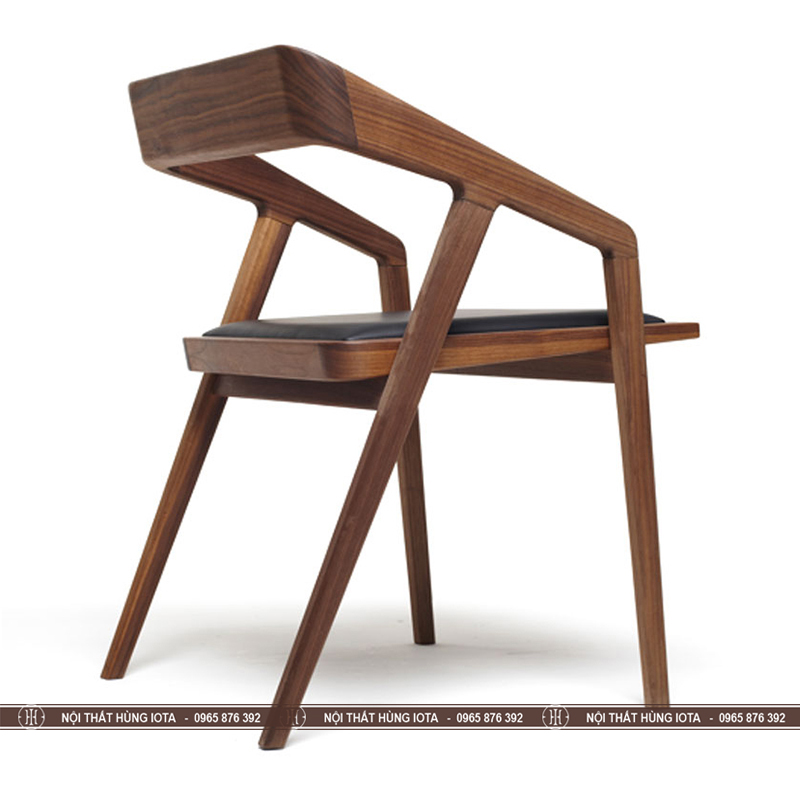 Mặt sau ghế gỗ Takana màu nâu đen làm ghế làm việc