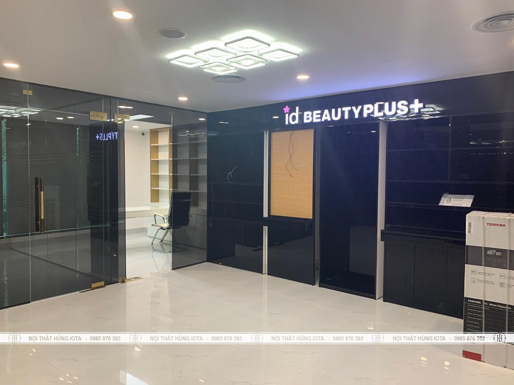 Setup nội thất thẩm mỹ viện có tủ sản phẩm cho Id Beauty Center