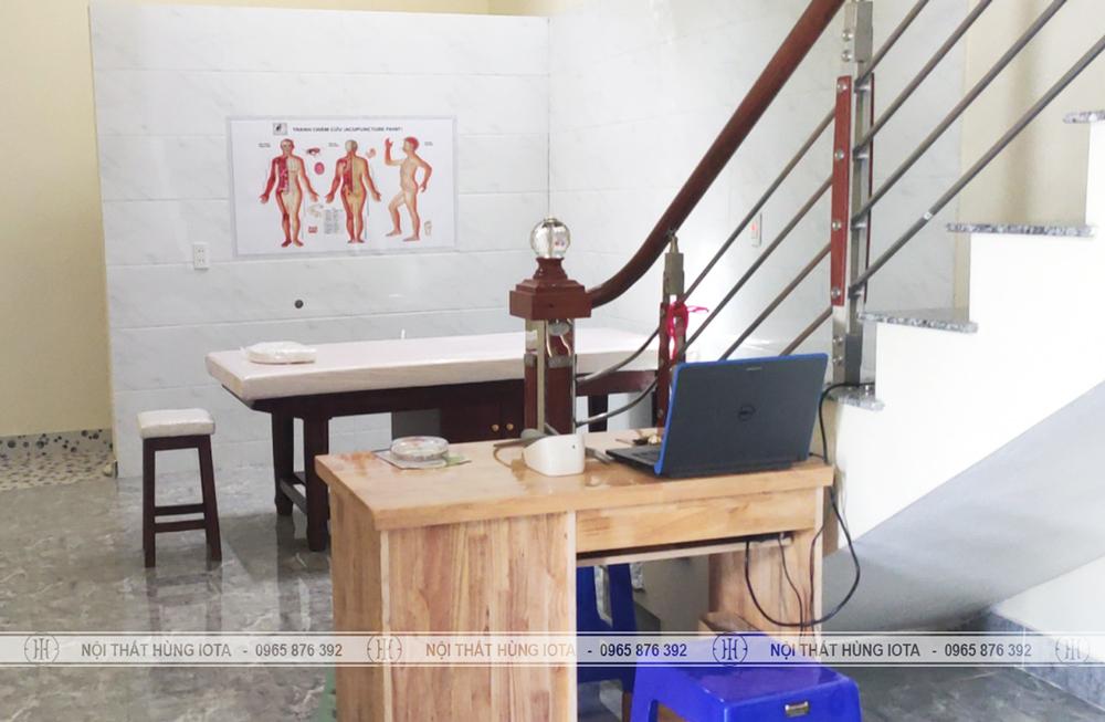 Lắp đặt giường vật lý trị liệu và bàn làm nail tại Hải Phòng