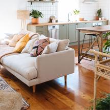 Sofa chung cư màu trắng hồng decor đẹp SFGD16