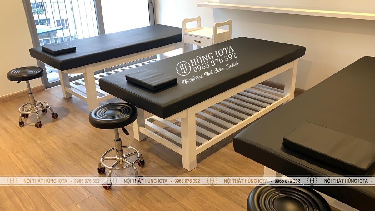 Giường massage body đệm đen gỗ sồi đẹp giá tại xưởng sản xuất