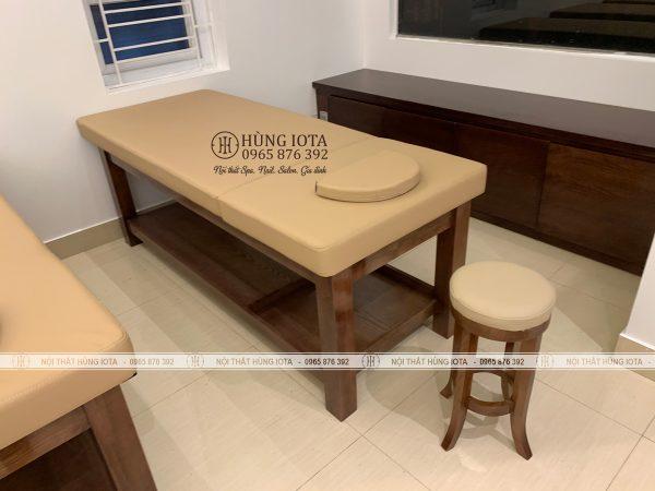 Giường massage màu óc chó gỗ sồi đẹp sang trọng