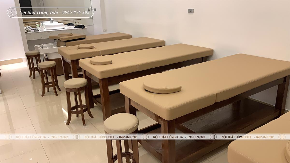 Giường massage màu óc chó nhạt nâng đầu tại Hải Phòng