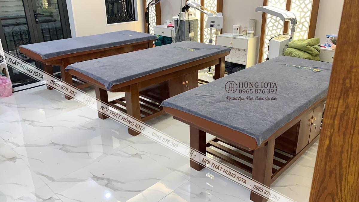 Giường spa gỗ sồ màu nâu óc chó đẹp giá rẻ tại xưởng ở Long Biên