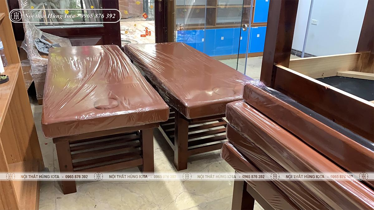 Lắp đặt giường massage nâng đầu ở Hoàng Cầu cho spa
