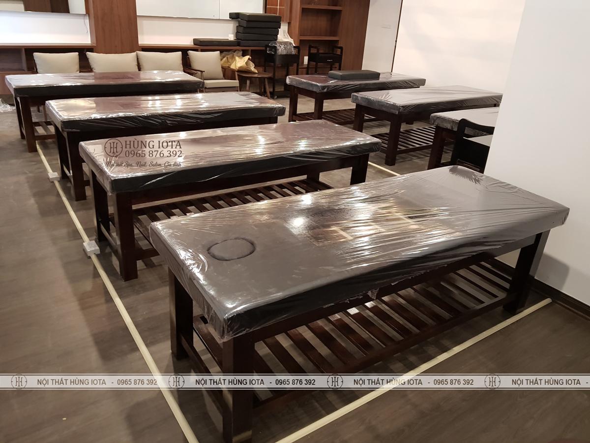 Lắp đặt giường spa ở Dịch Vọng Hâu, Cầu Giấy màu đen