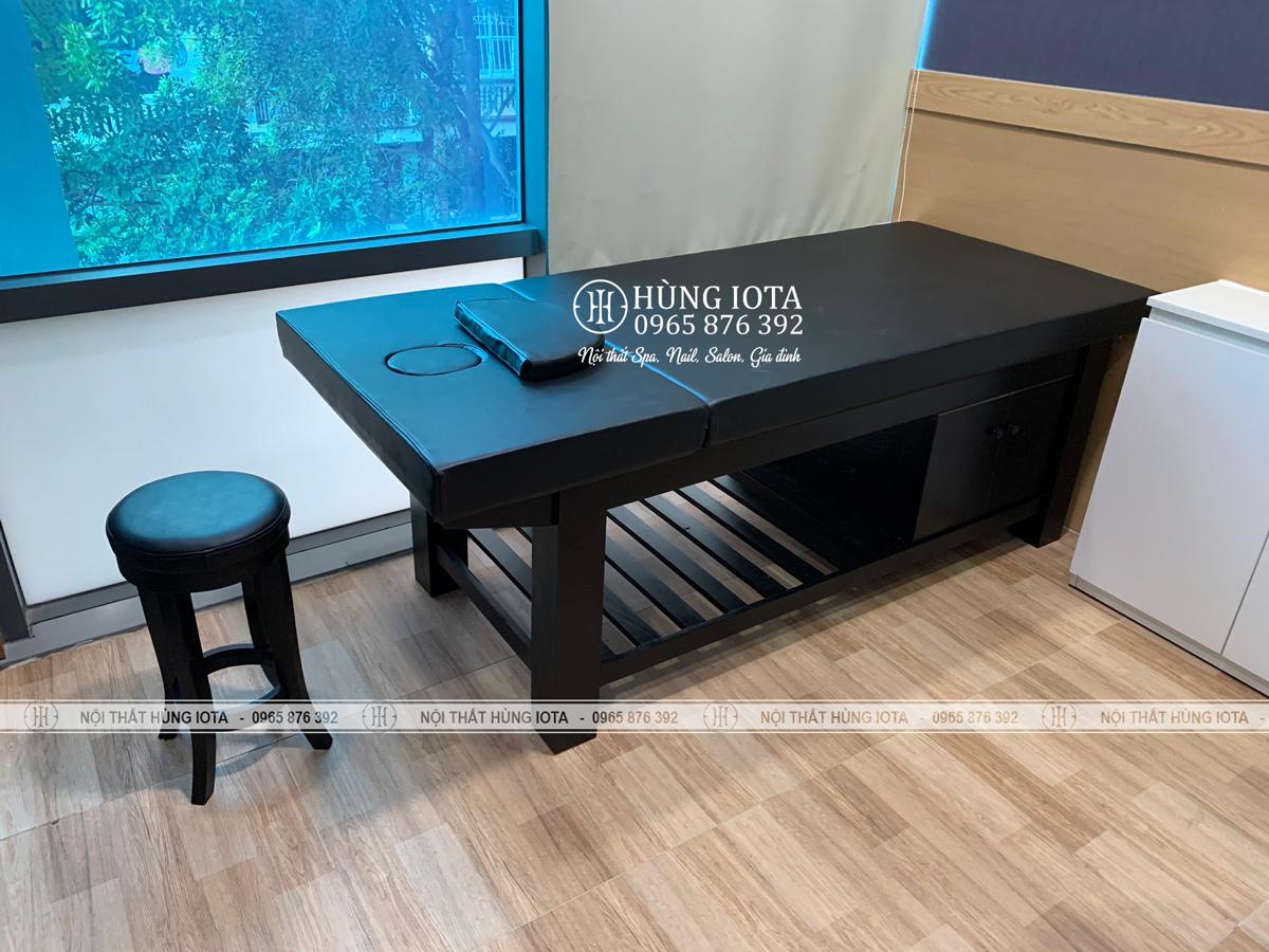 Lắp đặt nội thắt phòng trị liệu vật lý giường spa gỗ sồi