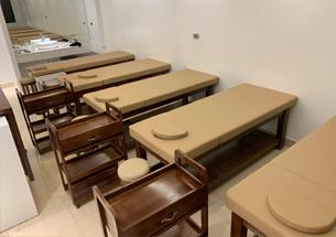 Thumb lắp đặt nội thất spa màu óc chó ở Hải Phòng