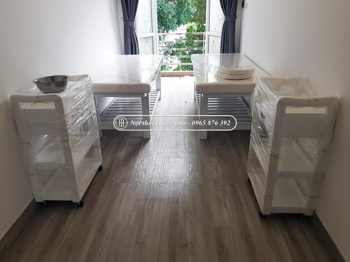 Giường spa màu trắng ở Long Biên và xe đẩy spa + ghế spa màu trắng tại Long Biên