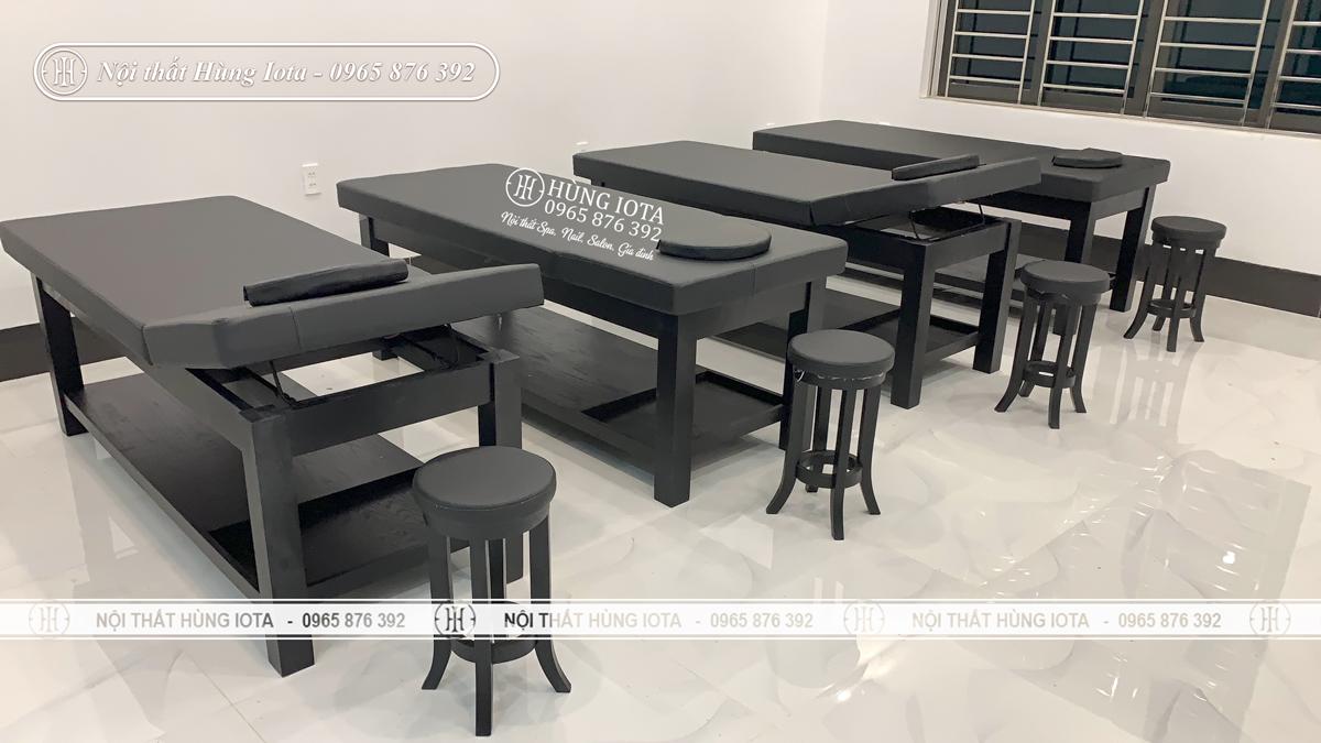 Giường spa nâng đầu màu đen lắp đặt cho Thẩm Mỹ Viện Vân Quê ở Điện Biên