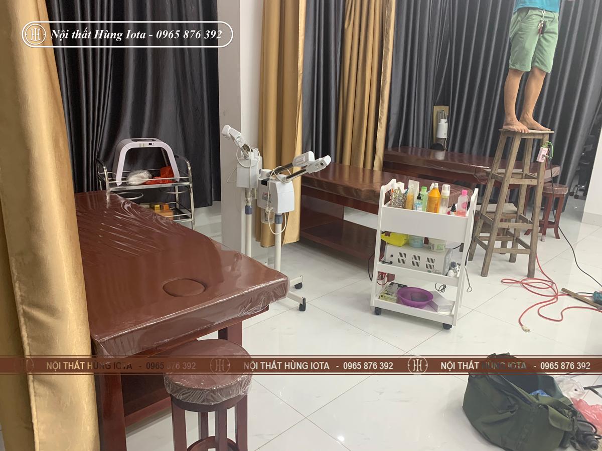 Lắp đặt giường massage body màu nâu ở Cầu Giấy đẹp giá rẻ