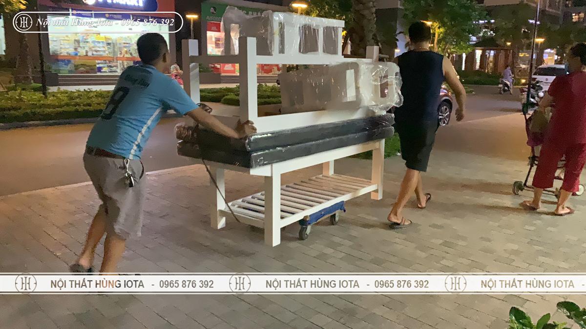Vận chuyển lắp đặt giường spa cho khách hàng