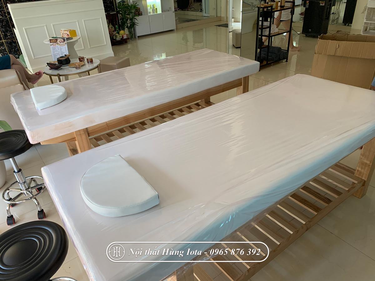 Giường massage body o Hà Nội màu vàng gỗ tự nhiên