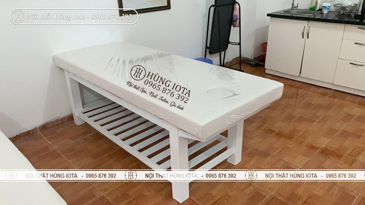 Giường spa gỗ thông màu trắng giá rẻ