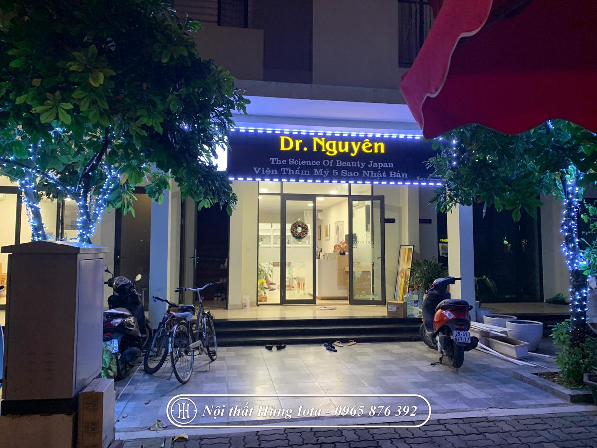 Lắp đặt nội thất thẩm mỹ viện Dr Nguyên ở Vinhomes Thăng Long