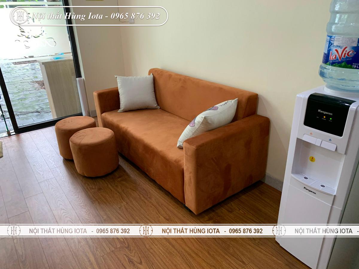 Sofa spa đơn giản màu nâu vàng