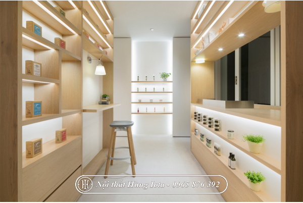 Tủ đựng đồ trừng bày mỹ phẩm spa màu gỗ