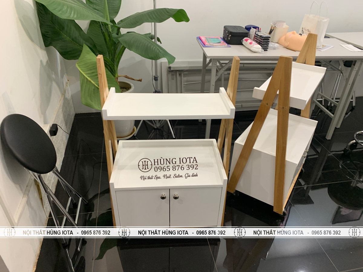 Xe đẩy spa kiểu dáng chữ A decor giá rẻ cho TMV Beauty Box